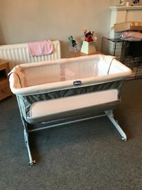 Chicco next2me dream bedside crib RRP £220