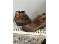 H BY HUDSON - Horrigan Leather and Suede boots