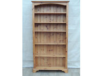 Pine bookshelf with 5 shelves (Delivery)