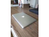 """Macbook Pro 13"""" - Aluminium Unibody, Celeron, 4GB RAM"""
