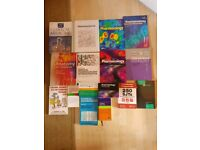 14 Medical textbooks and flashcards