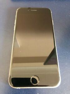 Unlocked iPhone 6 space grey (only 1 month old) 10/10 condition