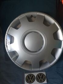 16 inch wheel trims with vw decals