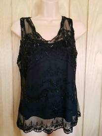 Black top size 16