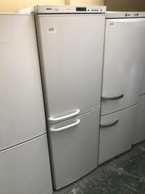 Bosch fridgefreezer 3 Months guarante clean and tidy