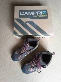 CAMPRI WALKING BOOTS SIZE 3 BOXED EXCELLENT CONDITION