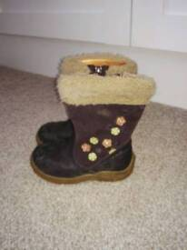Clarks girls boots - size 6.5G