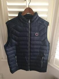 Abercrombie sleeveless puffer navy almost new size L