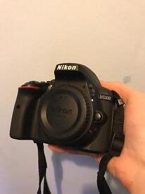 Nikon D5300 Body + 18-55mm Kit lens