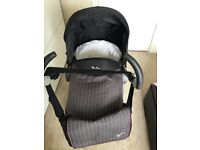 Silver cross 3D pram with changing bag