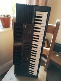 Yamaha PSS 380 digital FM vintage synthesizer