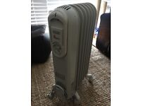 De'Longhi Vento V550715 Electric Oil Filled Radiator