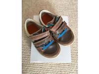 Boys Clark's Shoes size 6
