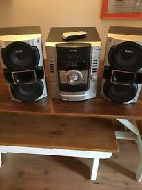 Sony stereo system with 3cd autochanger and mp3 in