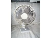 "KNIGHT 12"" TABLE TOP FAN 3 SPEED"