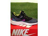 Nike Huarache.Genuine