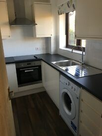 Newly refurbished studio flat in Colindale