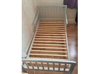 Toddler bed kinder valley