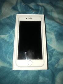 iPhone 6 64GB UNLOCKED White & Silver