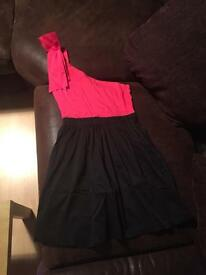Black and pink dress size 8