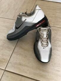 Tiger Woods Junior Golf Shoes Uk 3.5