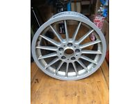 """BMW Style 32 18"""" rear alloy - spares or repair"""