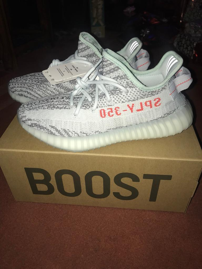f1ff7cb4256b4 New Unworn Men s Yeezy Boost 350 V2 Blue Tint Size 7 from Adidas website