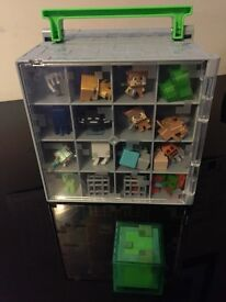 Minecraft Mini Figures Collector Case + 40 Collectible Figures