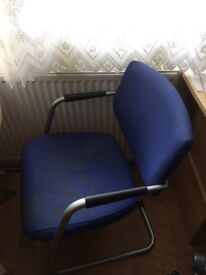 chairs in good condition to give away - free pick up