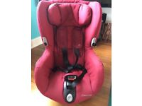 Maxi Cosi Axiss Car Seat Group 1 (Red)