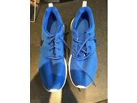 Nike Roshe trainers like new size 5.5