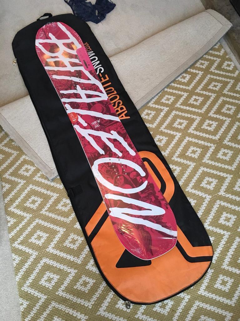 Bataleon She-W 146 women's snowboard, freestyle, jib, snow, park, snow