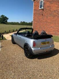 Mini convertible 11 months mot and full service history
