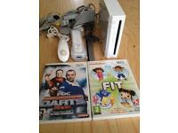 Nintendo Wii console white and games