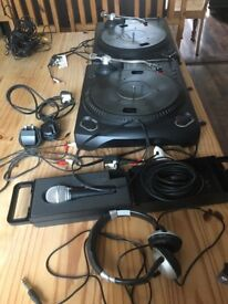 Numark tt1550 decks with head phones and microphone for sale