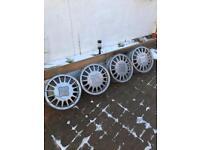 Volkswagen Sebring alloy wheels and centre caps x4