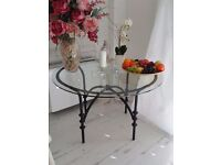 BEAUTIFUL BLACK WROUGHT IRON Table & 4 Chairs