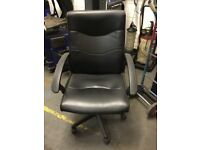 Black office chair. Great condition