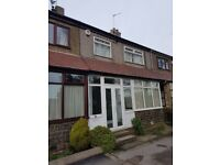 3 bed mid town house to let, Hazelhurst Brow, Bradford, West Yorkshire, BD9