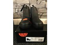 Industrial footwear worksite safety boot size 10