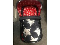 Car seat, Pram and push chair all in one. Car seat 0-9months. Matching fabrics.