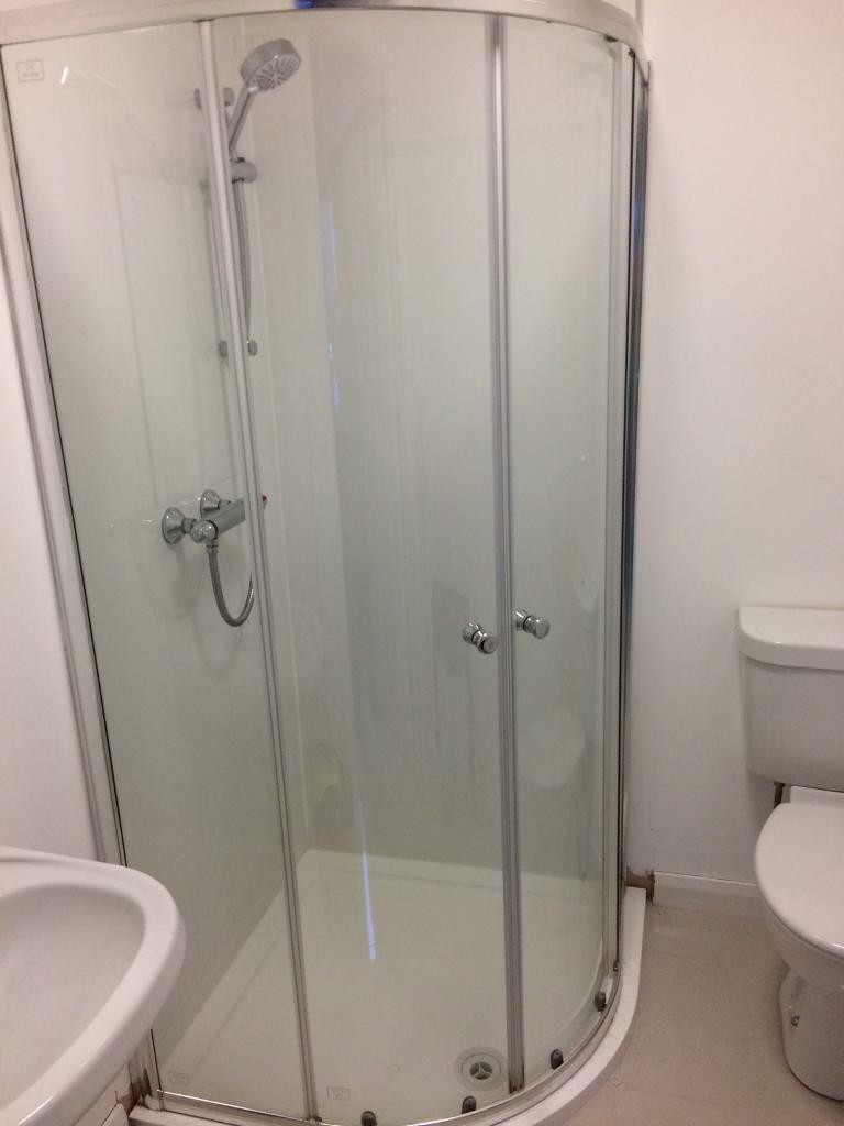 Shower Enclosure With Tray And Mixer Wall Taps And Mira Shower Head