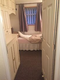 Single room in Stockwood ......Including all bills