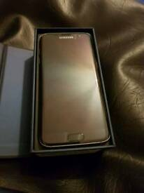 Samsung S7 edge 32gb unlocked £325 ono