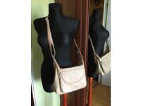 Leather GIGI bestseller Othello Shoulder Crossbody Bag - light tan ecru - used