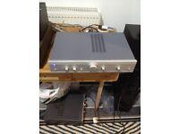 Cambridge Audio A5 amplifier 2 x 60 watt brilliant sound