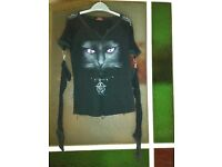 Gothic TShirt with removable mesh sleeves