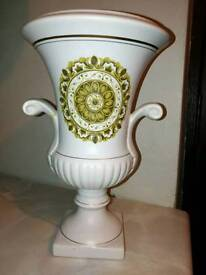 Highly collectable Gouda vase