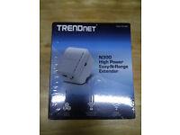 TRENDnet N300 High-Power Wireless N Range Extender