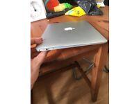 MacBook Air 13inch 128mb (BARGAIN)